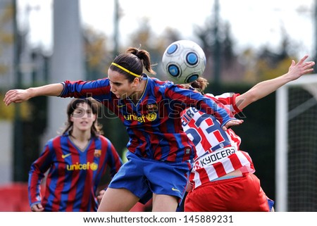 BARCELONA - FEB 28: F.C Barcelona women's football team play against Atletico de Madrid on February 28, 2010 in Barcelona, Spain. Superliga (Women's Football Spanish League) match.