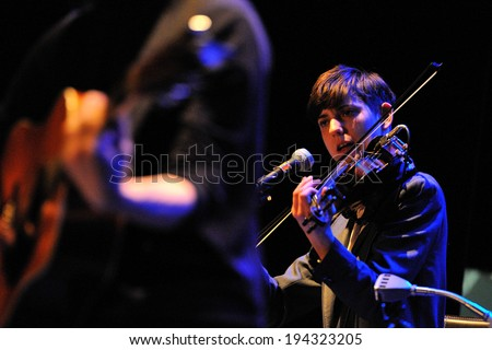 BARCELONA - FEB 20: Fanfarlo , and English band who have experimented with folk, electronica and alternative indie rock, performs at Barts stage on February 20, 2014 in Barcelona, Spain. - stock photo