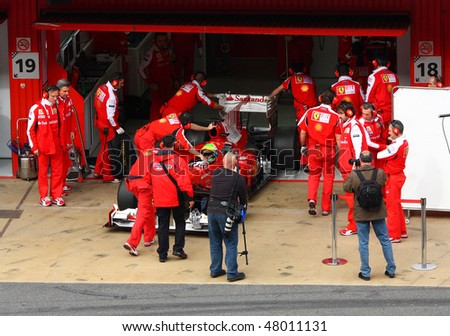 BARCELONA - FEBRUARY 28: Felipe Massa (Ferrari) in the pit during Formula One Teams Test Days at Catalunya circuit February 28, 2010 in Barcelona.
