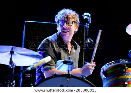 BARCELONA - MAY 28: Patrick Carney, drummer of The Black Keys (band), performs at Primavera Sound 2015 Festival, Primavera stage, on May 28, 2015 in Barcelona, Spain.