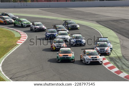 BARCELONA - NOVEMBER 2: Race start of Seat Leon Eurocup at International GT Open at Catalunya Circuit on November 2, 2014 in Barcelona, Spain.