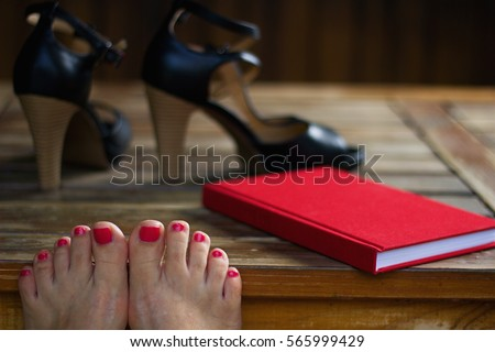 Red Toenails Stock Images Royalty Free Images Amp Vectors Shutterstock