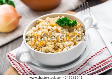 Barley porridge with carrot and onion