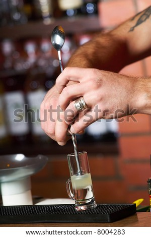 barman, hands
