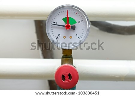 Barometer on a pipe system