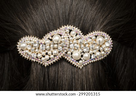 barrette in the hair