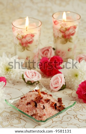 Bath salt with dry rose petals