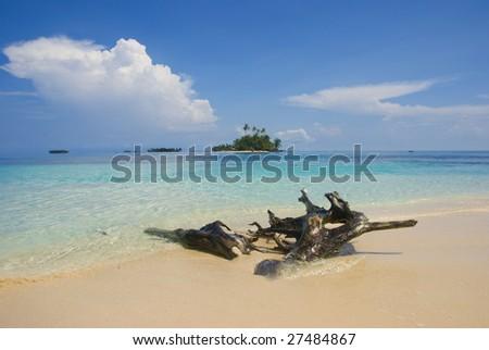 Beach, San Blas, Kuna Yala, Panama. - stock photo