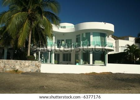 Beachfront luxury home - stock photo