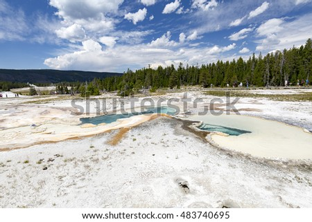 Beautiful blue Doublet Pool at Yellowstone National Park