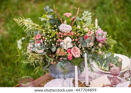 Beautiful bouquet on the decorated table