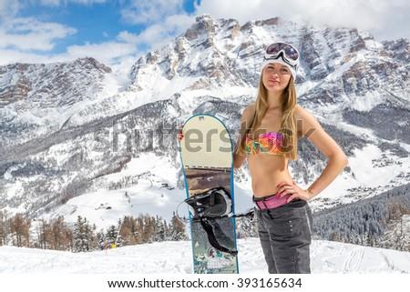 Bikini snowboarding pics — img 8