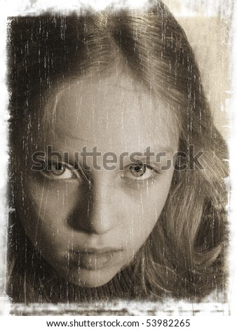 Beautiful girl (vintage style, with a grungy effect added)