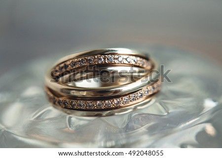 beautiful gold wedding rings for the bride and groom