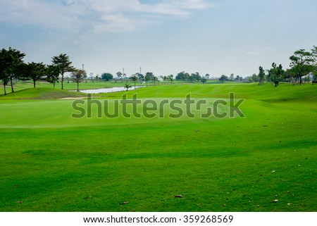 Beautiful golf course in Thailand - good fairway, great green, best weather in summer