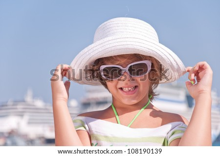 beautiful little girl on sea