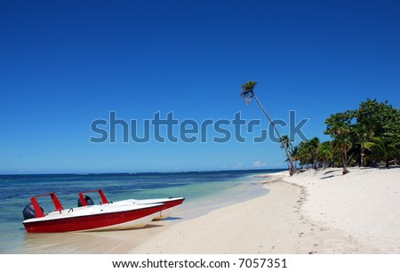 Beautiful Mexican beach, white sand and blue water