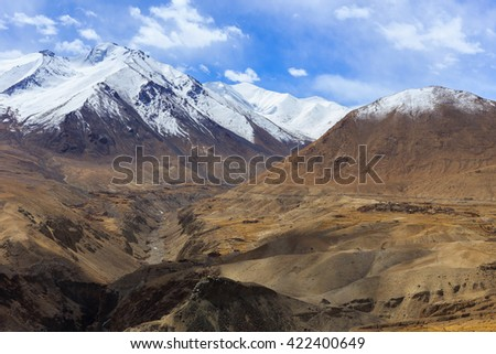 Beautiful mountains on Leh, Leh district, Ladakh, Himalayas, Jammu and Kashmir, Northern India