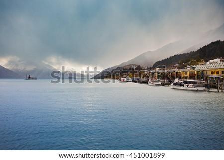 beautiful scenic of lake wakatipu queenstown south island new zealand important traveling destination - stock photo