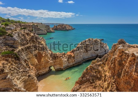 Beautiful seascapes Albufeira. With the kayak away.