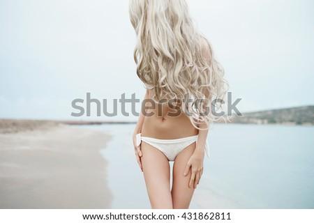 Slender blondes