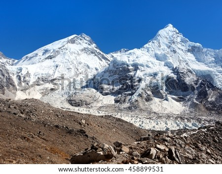 Beautiful view of mount Everest, Lhotse and nuptse from Pumo Ri base camp - way to Everest base camp, Khumbu valley, Sagarmatha national park, Nepal