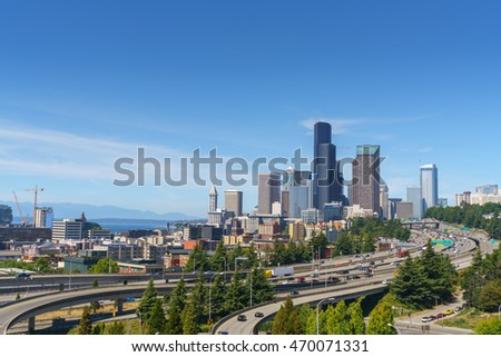 Beautiful view of Seattle downtown on a clear sky day.