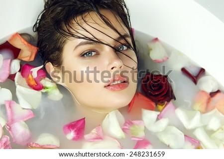 light skin girl pussy wet