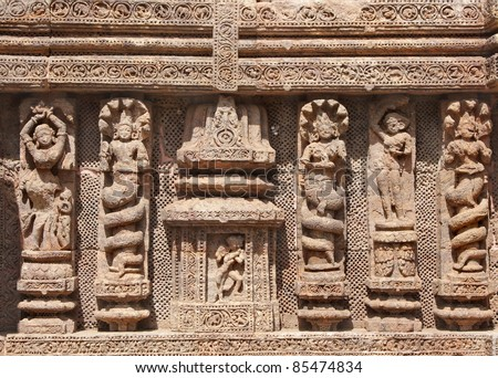 Beautifully carved snake hooded women and lady dancers - stock photo