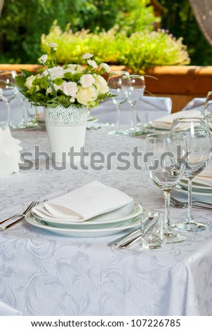 Beautifully served table with roses