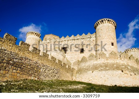 Belmonte Castle (Castillo de Belmonte) in Belmonte, Cuenca province, Castilla La Mancha, Spain.  Located approximately 150km southeast of Madrid, this fortress-palace is from the 15th century. - stock photo