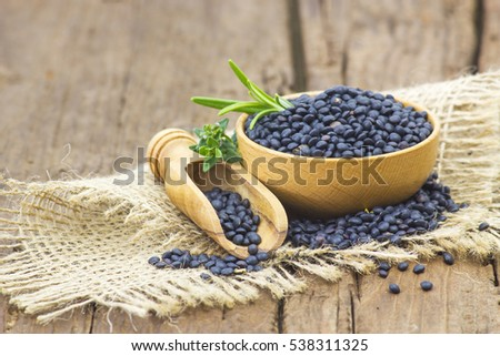 beluga lentils and herbs