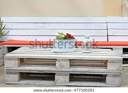 bench and table from pallets