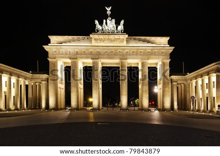 Berlin by night at the Brandenburg Gate