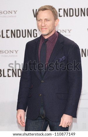 BERLIN, GERMANY - JANUARY 05: Daniel Craig attends the 'The Girl With The Dragon Tattoo' Germany Premiere at the Cinestar movie theater on January 5, 2012 in Berlin, Germany.