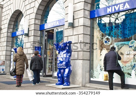 BERLIN, GERMANY - NOVEMBER 23 2015: People outside the Nivea House store on Unter den Linden