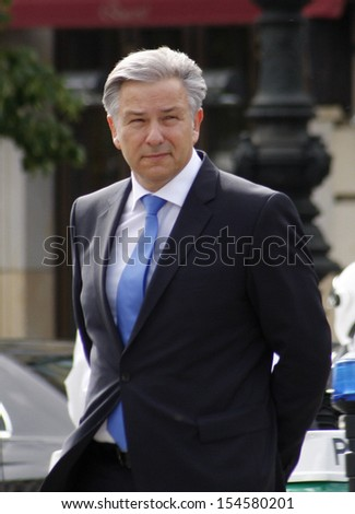 BERLIN-MAY 27, 2011 : Klaus Wowereit  during an official visit of the Swedish crown prince couple in Germany at the Pariser Platz in Berlin.