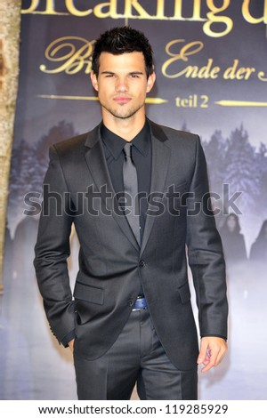 BERLIN - NOVEMBER 16: Taylor Lautner attends the 'Twilight Saga: Breaking Dawn Part 2' Germany Premiere at CineStar on November 16, 2012 in Berlin, Germany. - stock photo