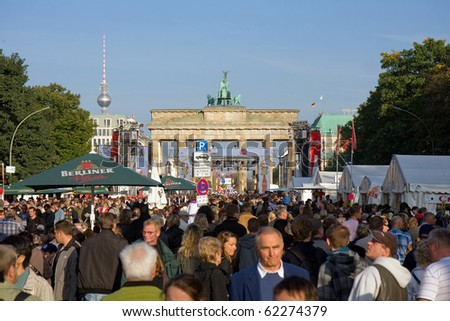 BERLIN-OCTOBER 3 : Thousands of people celebrate the 20th anniversary of unification of eastern and western Germany Oct 3, 2010 in Berlin.