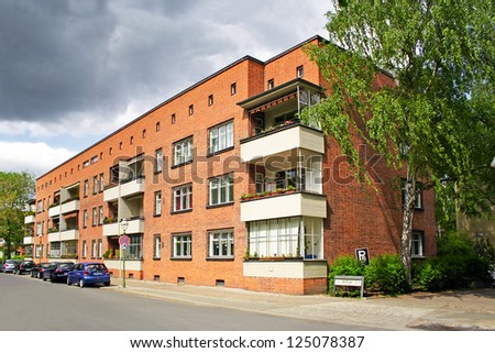 berlin siedlung schillerpark germany may 4 stock photo download now
