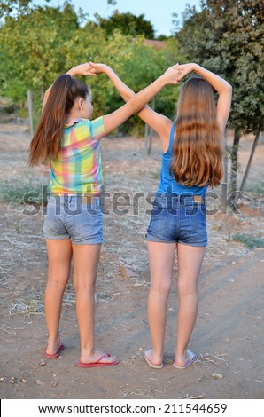 Best Friends Forever - two 12 year old teenage girls ...