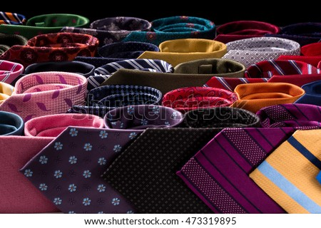 Best models of men ties for an elegant look