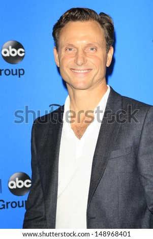 BEVERLY HILLS - AUG 4: Tony Goldwyn at the 2013 Television Critics Association's Summer Press Tour - Disney/ABC Party at The Beverly Hilton Hotel on August 4, 2013 in Beverly Hills, California