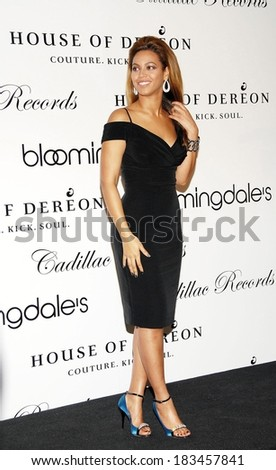 Beyonce Knowles at in-store appearance for Launch of House of Dereon Collection, Bloomingdale's Department Store, New York, NY, October 28, 2008  - stock photo