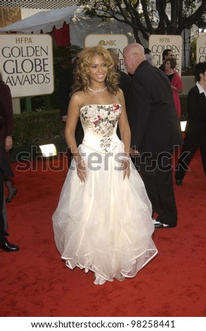 BEYONCE KNOWLES at the Golden Globe Awards at the Beverly Hills Hilton Hotel. 19JAN2003.  Paul Smith / Featureflash - stock photo