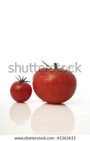 big and cherry ripe tomatoes
