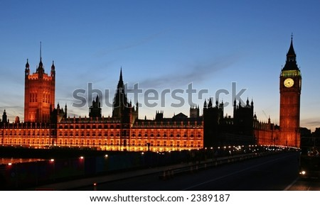 Big Ben and House of Parliament at twilight