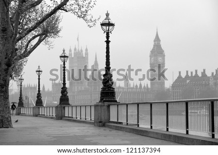 Big Ben & Houses of Parliament, black and white photo
