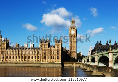 Big Ben on the thames with blue sky