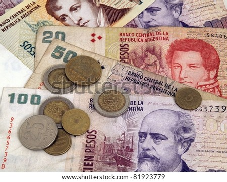 Bills & Coins Close Up: One Hundred 100 Argentina pesoes